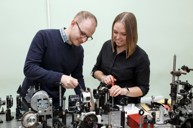 Scientists of the International Institute «Photonics and Optical Information Technology» of ITMO University for the first time in the world measured nonlinearities in the terahertz frequency range.